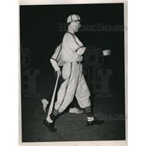 1944 Press Photo Pitcher Jack Kramer, St. Louis Browns Vs. Chicago White Sox