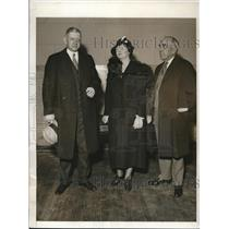 1932 Press Photo hotel execs. Dan Myers, R. B. Mills at Hotel Exposition in NY
