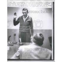 1957 Press Photo Mark Haws NAACP and WCC Investigator Swears In H.E. Shaver