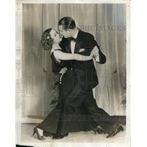 1933 Press Photo Actress Marion Shockley Dances With Gene LaVerne