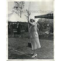 1930 Press Photo Archery Champion Audrey Grubbs Takes Aim