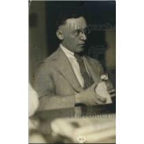 1916 Press Photo Harry Goldberg Assistant City Chemist