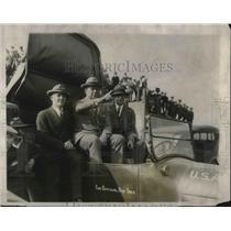 1926 Press Photo War Secretaries And Army Officers Watch Ordnance Bomb Display