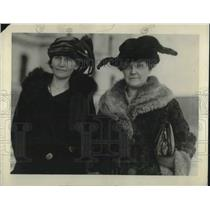 1923 Press Photo Minnesota Female Legislators Hannah Kempfer And Sue Hough