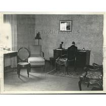 1929 Press Photo Living Room of Sinclair's Suite at Carlton Hotel Washington