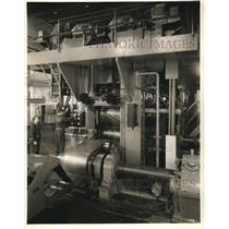 1927 Press Photo Automatic Gaguer And Control Panel At Republic Steel Company