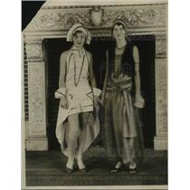 1929 Press Photo Elaine Sander and Cecile Dunlap Attending the fancy dress ball