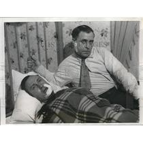 1932 Press Photo James Alderman Mine Union Victim In Hospital Bed With Brother
