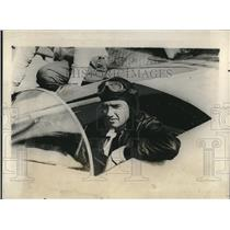 1928 Press Photo Lt. A. W. Gordon in PN-12 Aircraft After Setting 6 Records