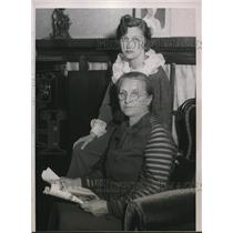 1935 Press Photo Mrs Mary Waitkus Mother of Lt Felix Wiatkus Pilot