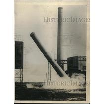 1925 Press Photo Dynamite Chimeny Baltimore