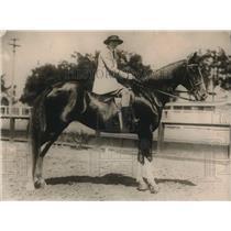 1925 Press Photo Walta K. Linforth, 18 married William Threlkeld 36 Horseman