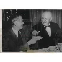 1940 Press Photo Jim Griffith Walter Phelan Republcan Accepts Dinner Invite