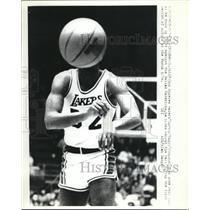 1982 Press Photo Earvin Magic Johnson, Los Angeles Lakers, Inglewood, California