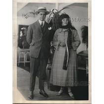 1923 Press Photo Brazilian Dr. and Mrs. Arroxellas Calvao in New York