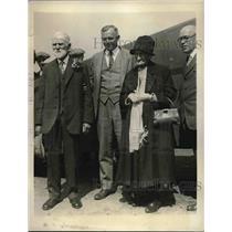 1930 Press Photo Grandma Almatia Bennott Celebrates 101st Birthday With Flight