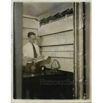 1931 Press Photo L.W. Schad, Research Engineer at Westinghouse Electric