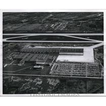 1961 Press Photo Aerial view of Air Canada maint. hangar in Montreal, Canada