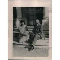1922 Press Photo Mr. and Mrs. George Jay Could honeymooning in Europe.
