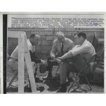 1958 Press Photo 3 baseball representatives.