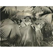 1924 Press Photo Rosa-Dora stone Patio of Pan America Jipa-Japa Palm