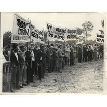 1937 Press Photo GM Workers Strike For Ford Auto Workers