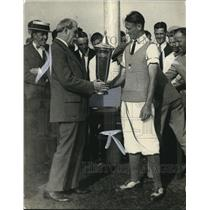 1923 Press Photo Dick Walsh Receiving Trophy for Win @ Public Links Championship