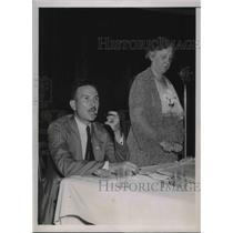 1936 Press Photo George Davis and Ms. Allie T. Mann at a debate