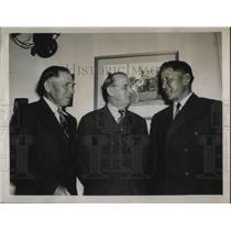 1939 Press Photo Frank Beaver & William Davis Winnebago Indians with Congressman