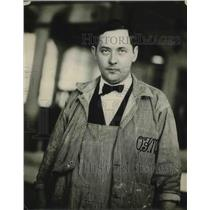 1926 Press Photo Milk Company Worker Wears Bowtie And Suit Under Overalls