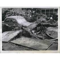 1944 Press Photo Hurricane Victims