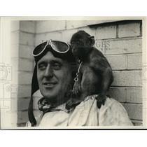 1930 Press Photo Ray Cats With Flying Partner Flip - nec52921