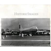 1970 Press Photo Pan Am Jumbo Plane On Airstrip At Heathrow London