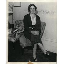 1937 Press Photo Carmen Mendieta daughter of a rebel leader in Cuban Revolt