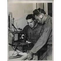 1934 Press Photo Sgt Ernest Mendoza & Pvt NR Van Houten of Ariz, Natl Guard