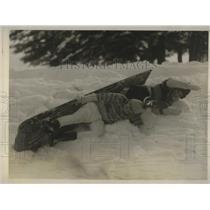 1927 Press Photo Maryemma Callahan ANd Virginia Rice Turn Over Bobsled In NY