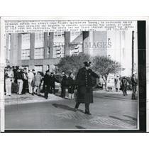 1960 Press Photo Frantz Elementary School Race Riots - nec56896
