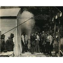 1923 Press Photo Gas mask demonstration at the fire department - nec62453