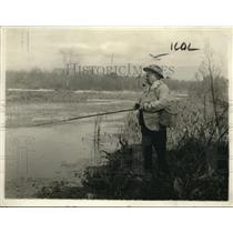 1918 Press Photo Before Daddy Manley Died He Enjoyed Fishing And Pipes