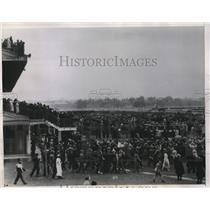1934 Press Photo Flemington Race course inMelbourne, Australia, crowds at race