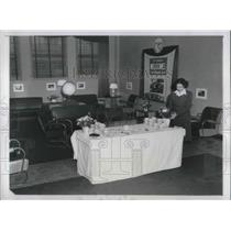 1946 Press Photo NYC, PAn American Airways reception room at air terminal