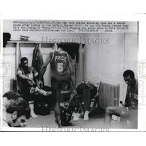 1970 Press Photo NY Knicks Dressing Room Somber After Braves Loss - nes12461