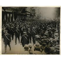 1926 Press Photo Belgium's Red Guard parade on May Day in Brussels.
