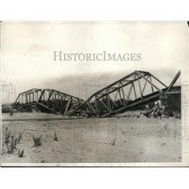 1924 Press Photo Mexican Bridge Dynamited by rebels