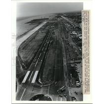 1983 Press Photo Aerial View Of Burke Lakefront Airport Converted To Race Track