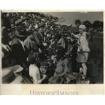 1930 Press Photo Young lady cheer leader borrowing Amercan Methods