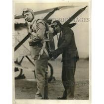 1929 Press Photo J M Russell Adjusts Congressman Phil Swing Parachute California