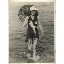 1929 Press Photo Mrs Louise D Beaumont Lido Venice Bathing Resort
