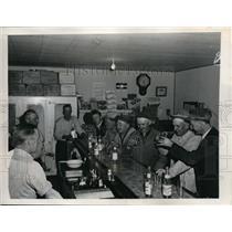 1946 Press Photo Four Acres Night Club