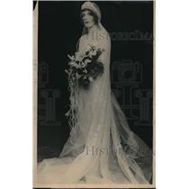 1924 Press Photo Miss Anne Elizabeth Whalan weds Otto H Kahn in Ambassador Hotel